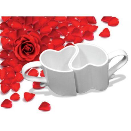 kávéscsésze-szív-alakú